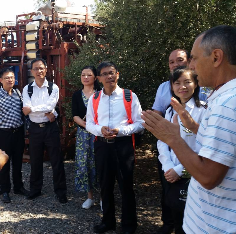 A tour of water and environmental issues in agriculture - Environmental course at Galilee College 10.9.17